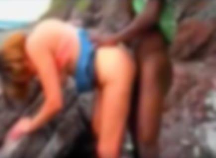 【悲報】うちの嫁、アフリカで現地の巨チンに生挿入され帰国