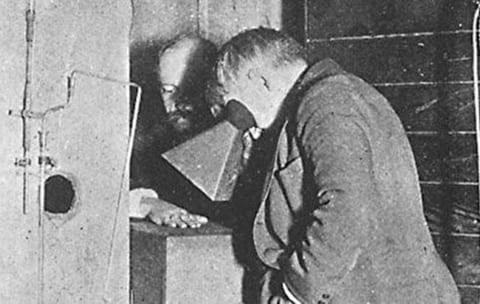 【閲覧注意】エジソンがX線の実験をしていた時の、助手の「手」をご覧ください…(画像あり)