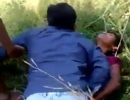 """【動画】""""レ●プ大国"""" インドで少女が彼氏の目の前で犯される…鬼畜すぎ…"""