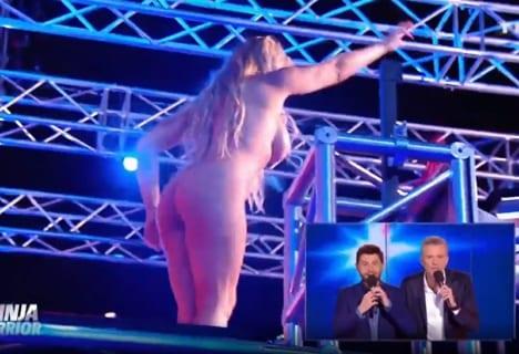 【速報】海外版「SASUKE」で巨乳女が全裸になる放送事故wwwwww(動画あり)