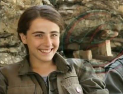【閲覧注意】ISISに捕らえられた女性兵士、凌辱の限りを尽くされる・・・(動画あり)
