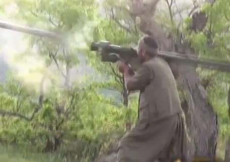 ミサイル「9K38 イグラ」で敵国の戦闘ヘリを撃ち落とす映像すげぇえええええ…!