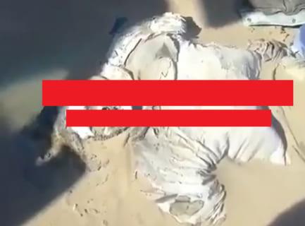 """【閲覧注意】""""全く雨が降らない"""" 砂漠で、数年前に死亡した男性の遺体が発見される。その姿が…"""