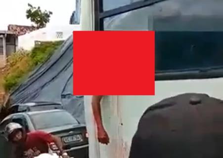 【閲覧注意】走行中のバスの窓から絶対に「顔」を出してはいけない理由