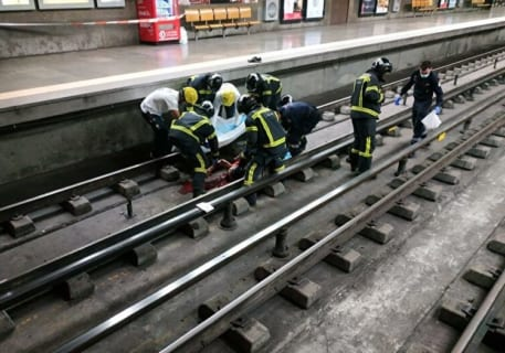 【超!閲覧注意】昨日の人身事故の画像、流出