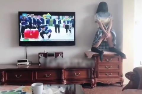 全身拘束した彼女をイカセまくるの楽しすぎワロタwwwwww(動画あり)