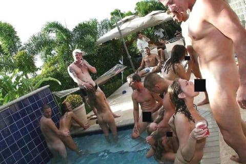 【動画あり】白人男女のセックスパーティ、めちゃくちゃ楽しそう…