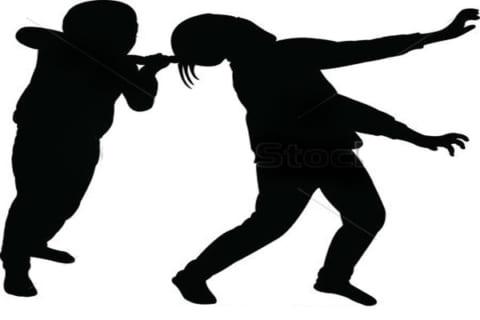 【閲覧注意】クッソ怖い兄弟喧嘩動画が話題に。これ1人は死んだらしい…