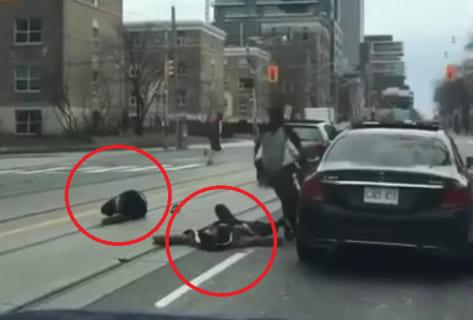 【動画】DQN2人に喧嘩売られたベンツの運転手、めちゃくちゃ強かったwww