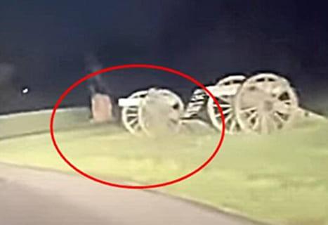 【超恐怖】幽霊、ガチで撮影される・・・・・