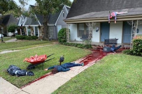 【閲覧注意】ハロウィンの装飾がヤバすぎて警察が来た家、本当にヤバすぎるwww