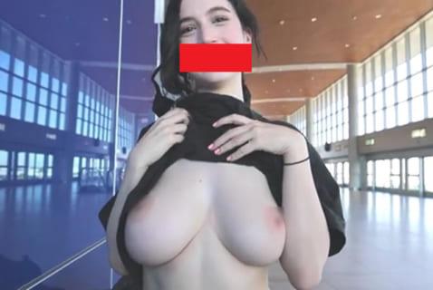 【動画】こういう乳首ポロリ・おっぱいポロリが結局一番エロい