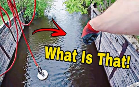 """【闇深】アメリカの川に """"強力な磁石"""" 落としたら釣れるものがヤバイと話題に"""