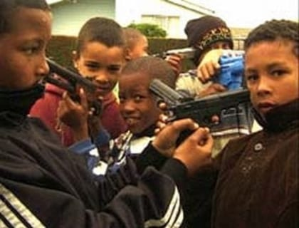 【閲覧注意】海外のヤンキー小学生、ガチでレベルが違う(動画あり)