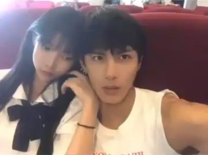 【ハメ撮り】ヤリサー男が新入生女子を食いまくっていく動画、ガチで羨ましい…