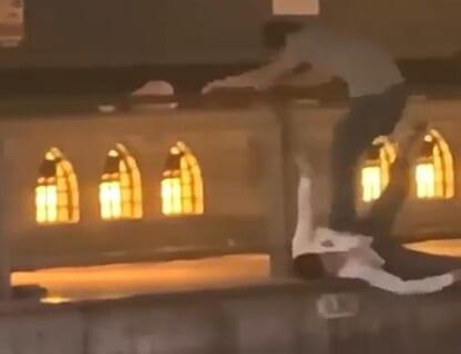 【動画】大阪の道頓堀川で外国人が突き落とされ死亡。海外で出回ってる動画がヤバイ…