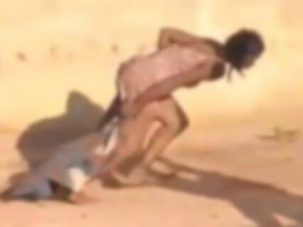 【閲覧注意】女への処刑方法で最も怖い「○○刑」、執行される(動画あり)